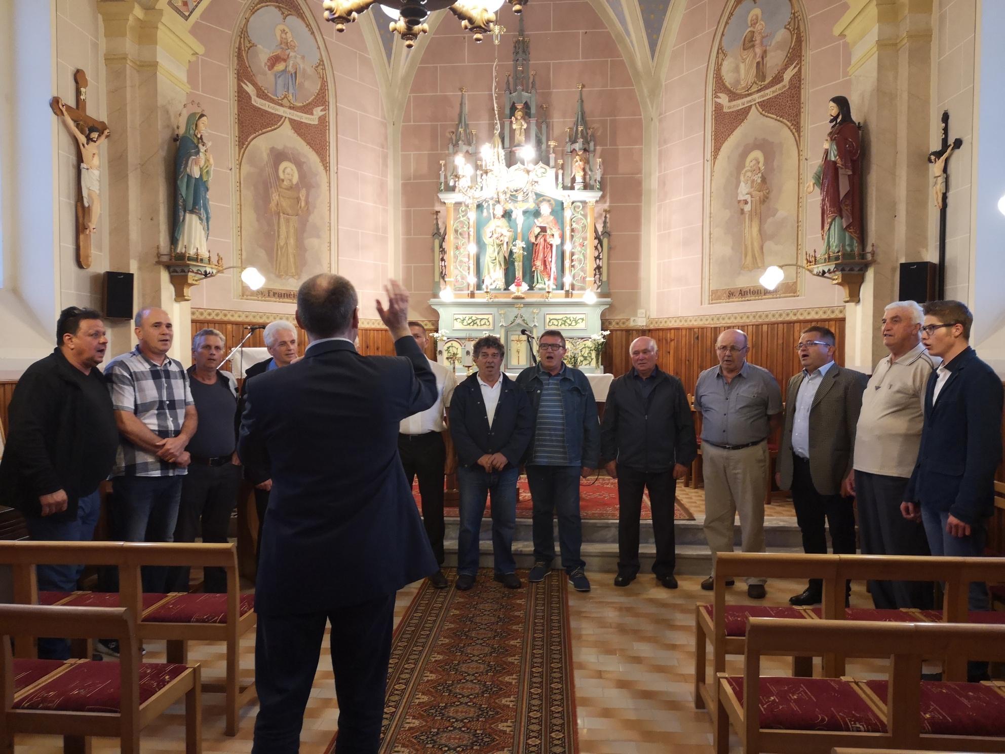MoPZ Lipovci v kapeli Sv. Petra in Pavla v Lipovcih